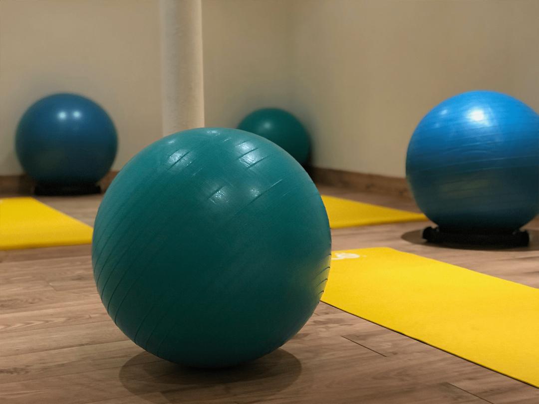 cours de pilates à bordeaux avec ballons